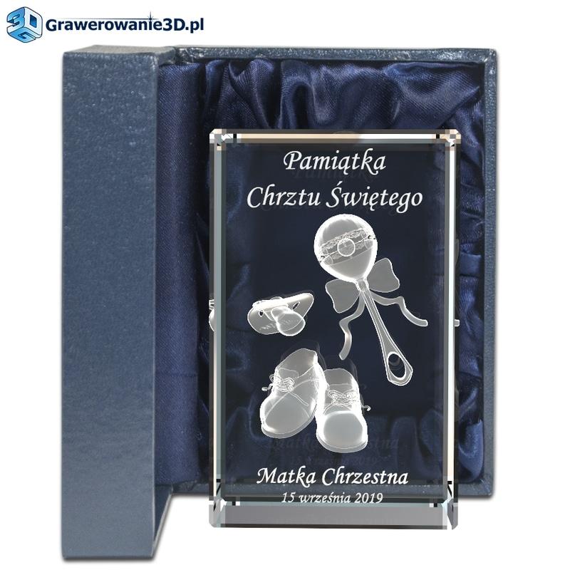 prezent na chrzciny dla dziewczynki - szklana statuetka 3d z grawerem wewnątrz